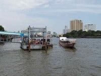 Ratchawong Pier