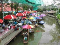 Bang Nam Phueng Floating Market
